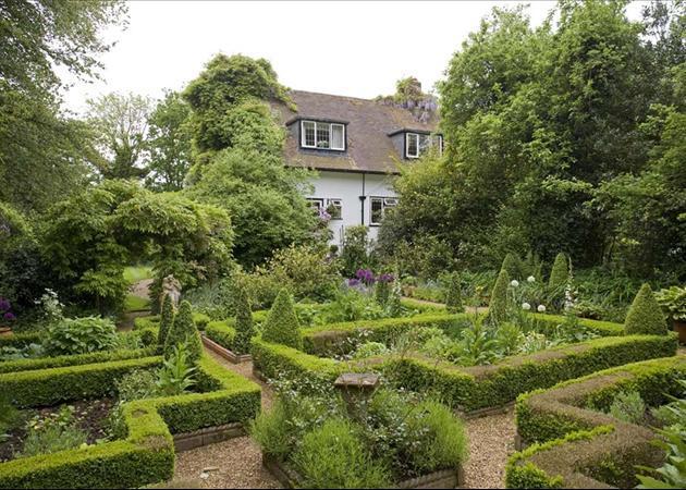 Knot Garden