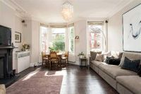 1 bedroom Apartment in Saltram Crescent, London...