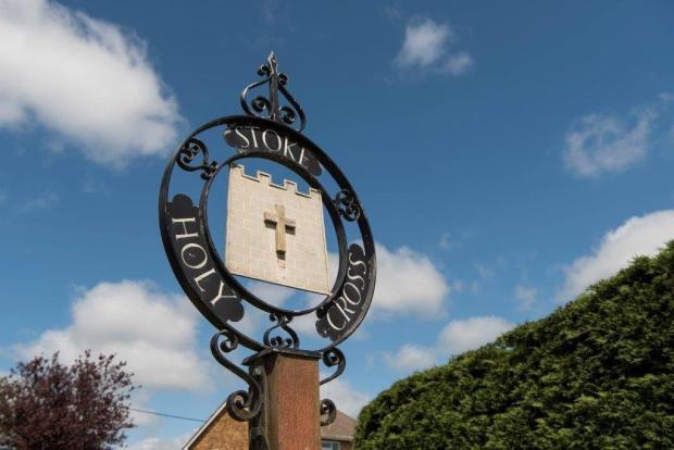 Stoke Village Sig...