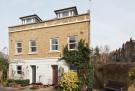 4 bed house in Harmsworth Mews...