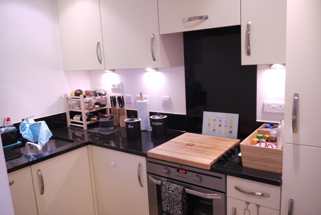 76 Marina Kitchen