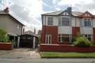3 bed semi detached house to rent in Sefton Avenue, Widnes...