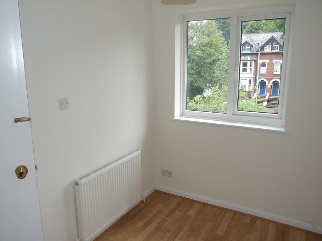 Third single bedroom/study