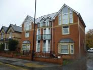 Apartment to rent in Flat 4 Priory House...