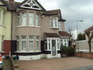 Collinwood Gardens End of Terrace house to rent