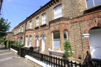 1 bed Flat to rent in Grayshott Road, London...