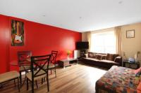 2 bed property in Settlers Court...