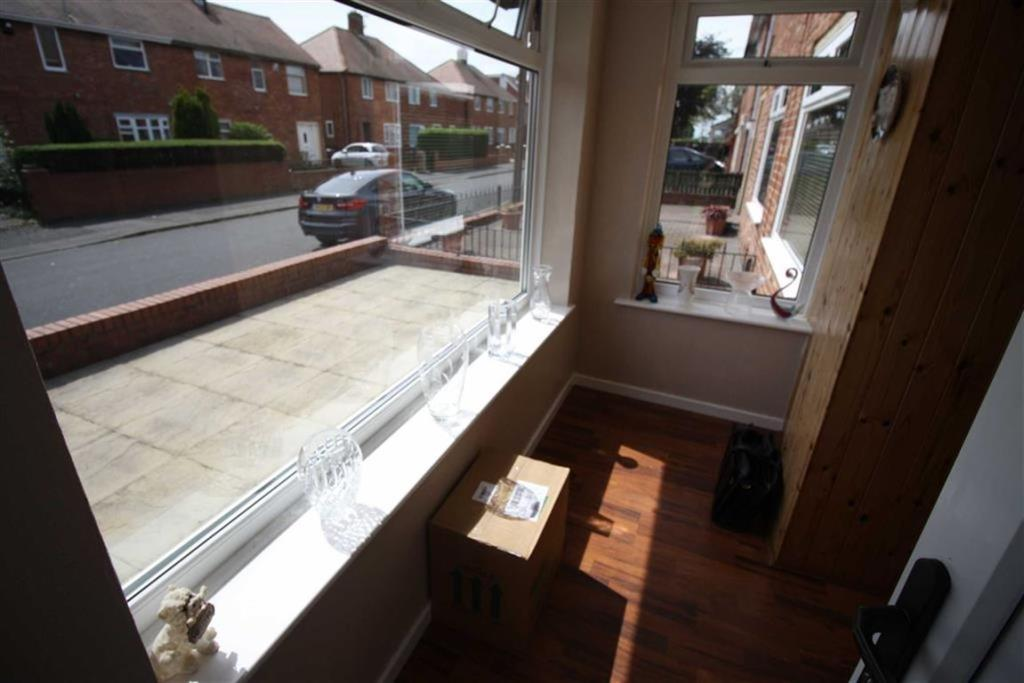3 bedroom semi detached house for sale in stannington road for Front door north tyneside
