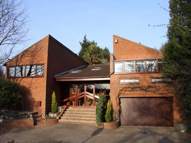 4 bedroom detached house for sale in hempstead road watford hertfordshire wd17