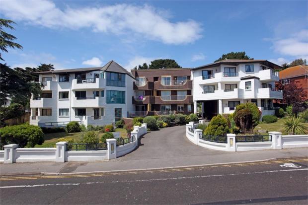 2 bedroom apartment for sale in banks road sandbanks poole dorset bh13. Black Bedroom Furniture Sets. Home Design Ideas