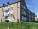 3 bed Flat to rent in Hoe Lane, EN3