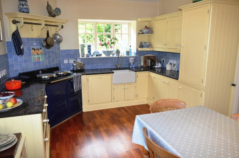 3 Bedroom House For Sale In Court Barton Hill Beer Seaton Devon Ex12 Ex12