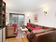 2 bed Flat for sale in Benbow House...