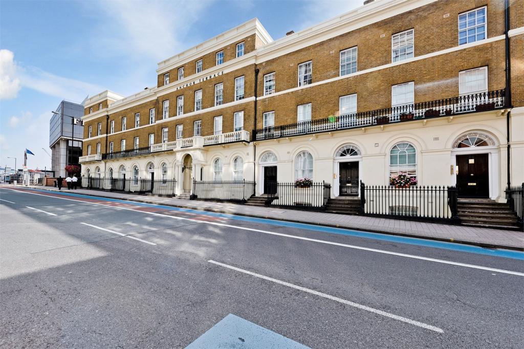 3 Bedroom Flat To Rent In Anchor Terrace 3 13 Southwark Bridge Road London