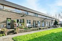 Flat for sale in Setchell Way, London
