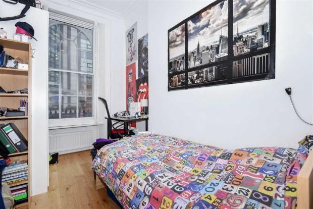 3 Bedroom Flat For Sale In Southwark Bridge Road London SE1