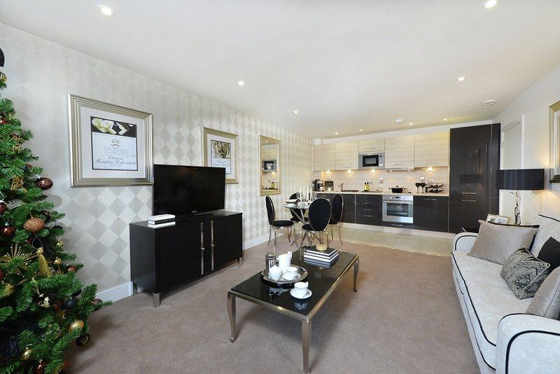 2 bedroom flat for sale in Chamberlain House, The Waterside Royal ...