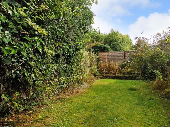 Rear Garden pic2