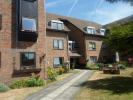 Flat to rent in Oaklands Road, Havant...