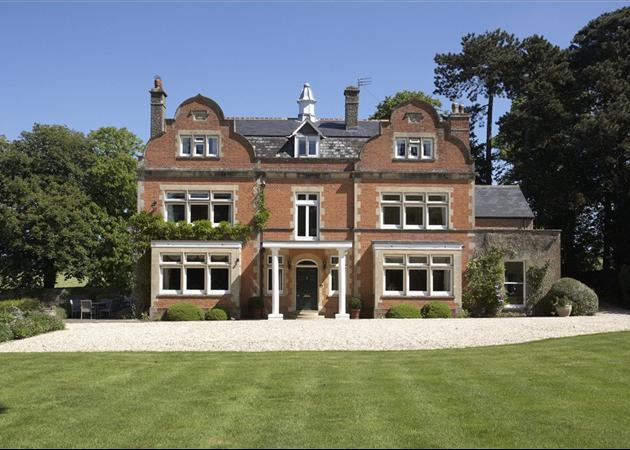 bedroom house for sale in middle barton chipping norton