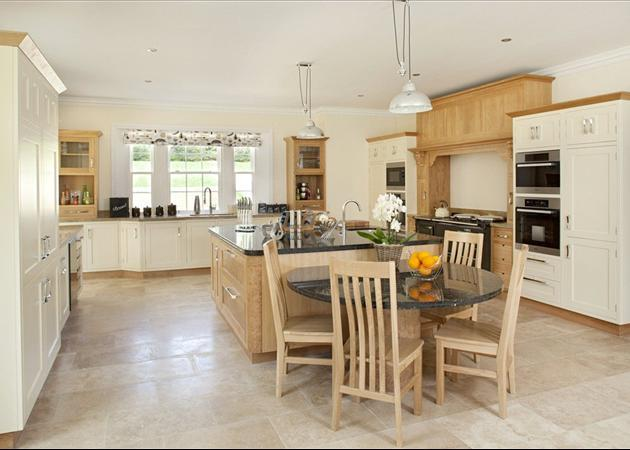 7 bedroom house for sale in lidstone chipping norton for Kitchens chipping norton