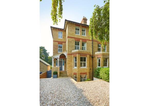 Walton Manor