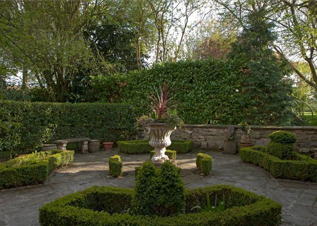Garden Parterre