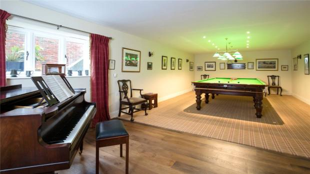 Snooker/Music Room