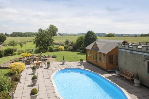5 Bedroom Detached House For Sale In Daventry Road Norton