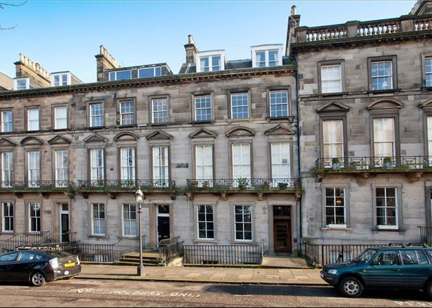 3 bedroom flat for sale in oxford terrace edinburgh for Oxford terrace 2