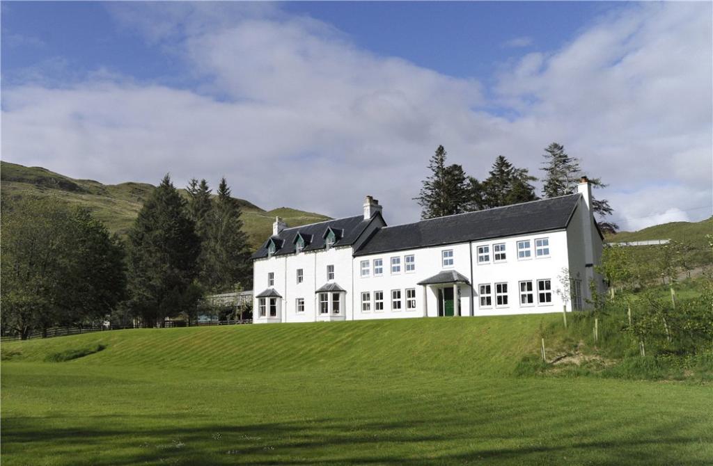Bragleenbeg Estate