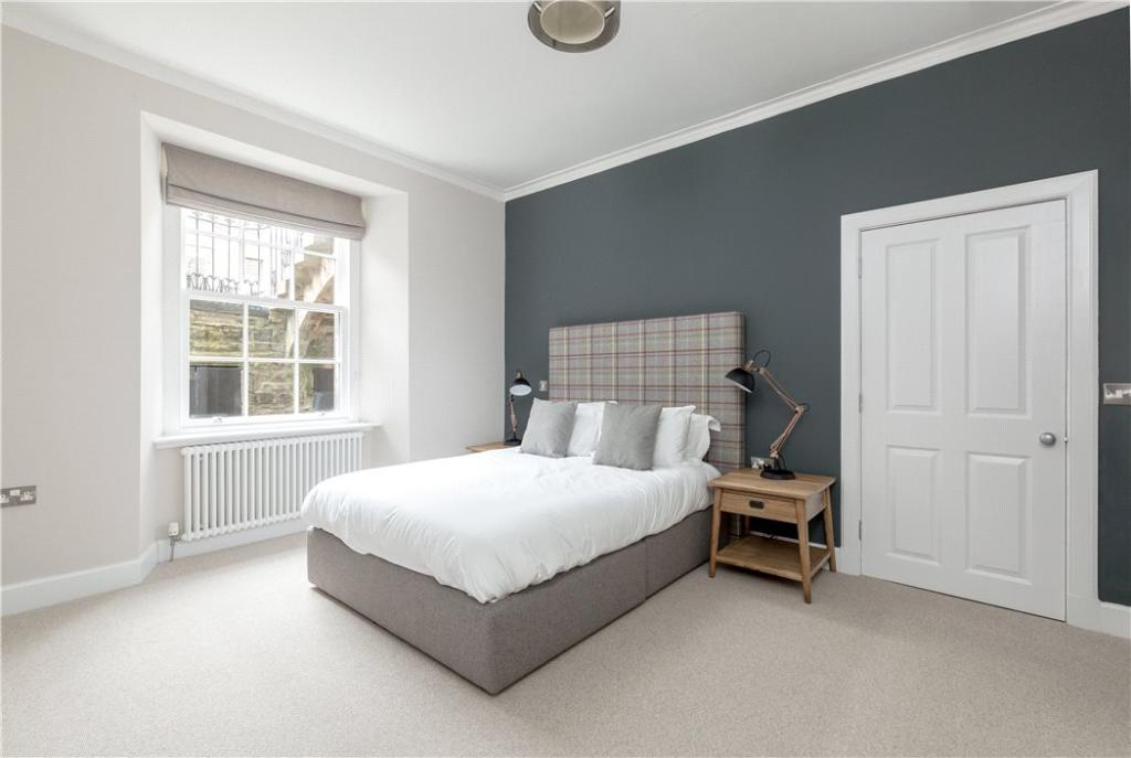 Double Bedroom Eh7