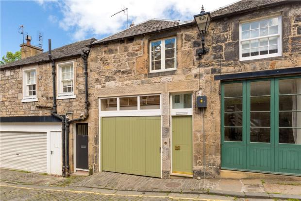 Mews Flat For Sale