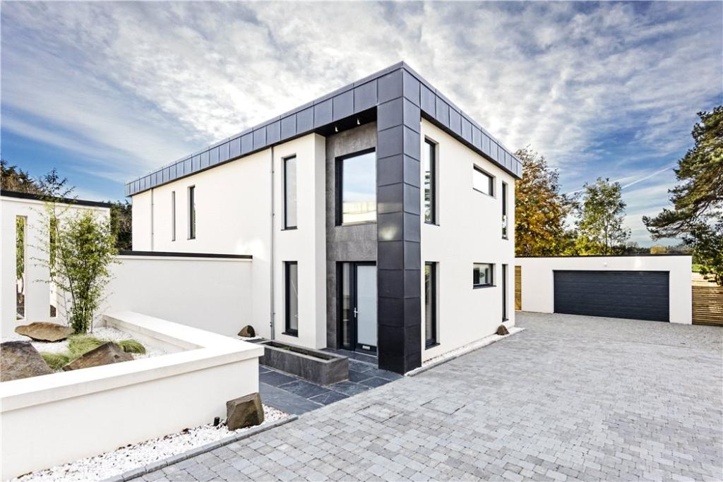 House For Sale Eh4