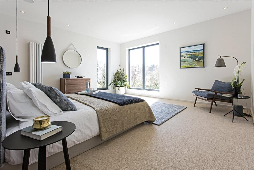 Master Bedroom Eh4