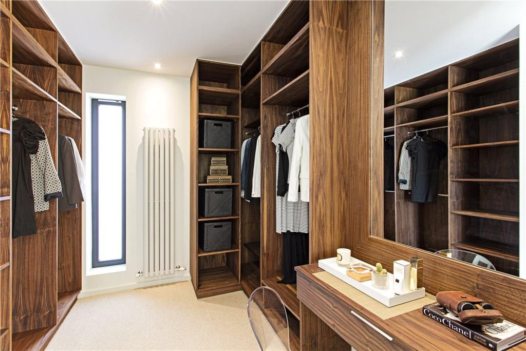 Dressing Room Eh4