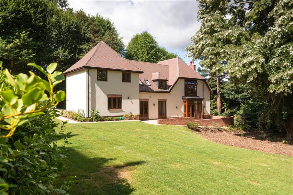 4 Bedroom Detached House For Sale In Church Road Stoke