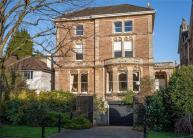 7 bedroom house in The Avenue, Clifton...