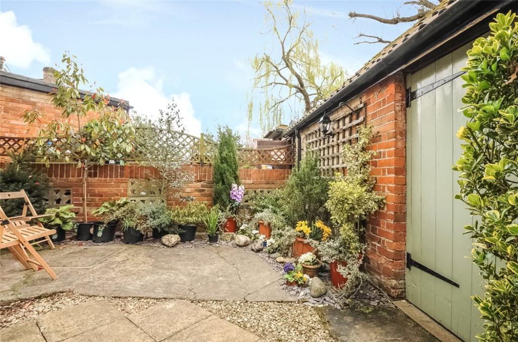 Sunningdale: Garden