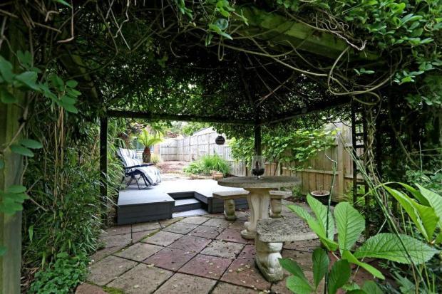 Sunninghill - Garden