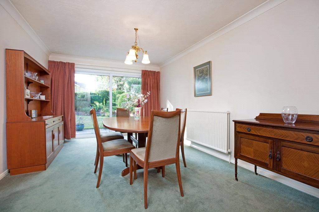 Sunninghill: Dining