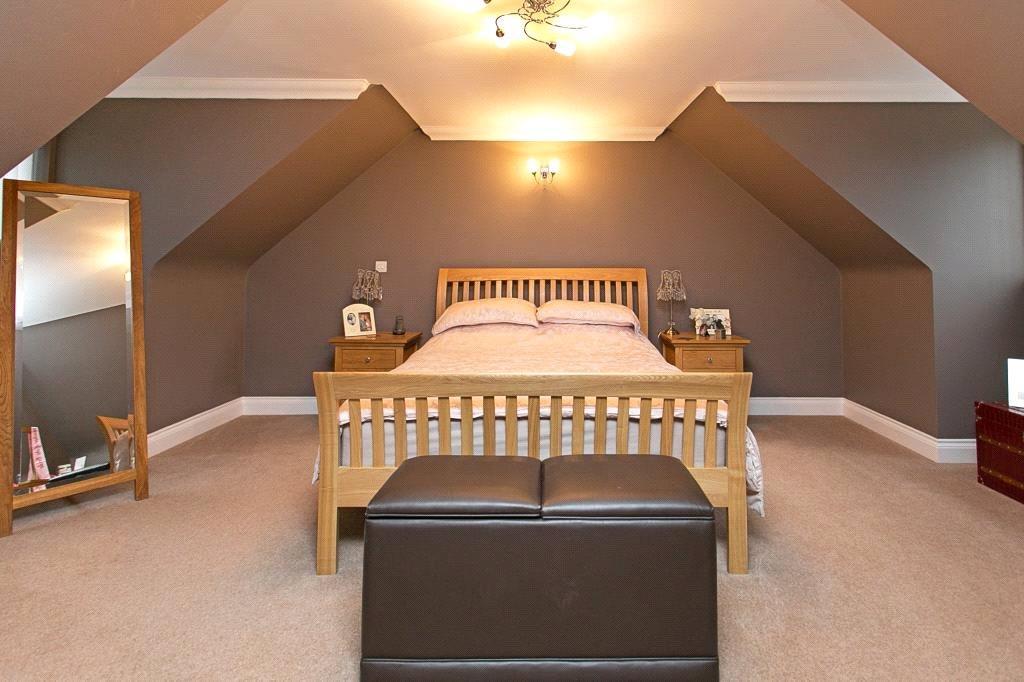 Camberley: Bedroom