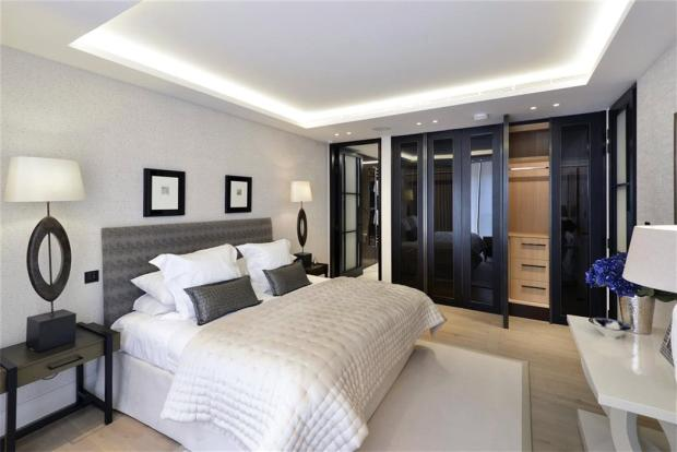 Pall Mall: Bedroom