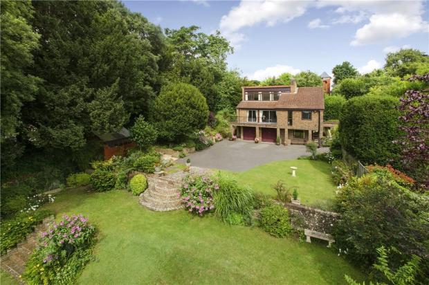 Hillview Lodge
