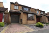 Detached house in Howes Close, Barrs Court