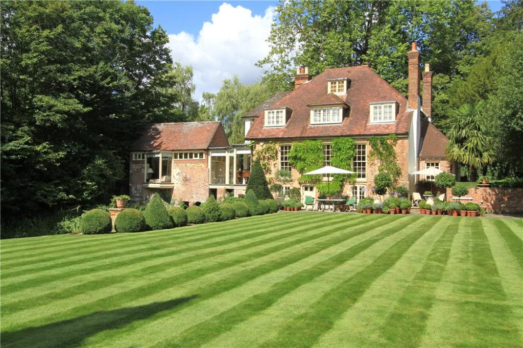 6 Bedroom Detached House For Sale In Farnham Surrey Gu9 Gu9