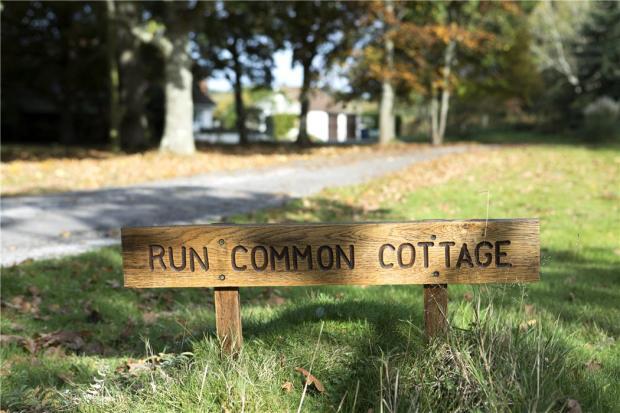 Run Common Cottage
