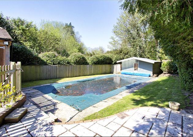 8 Bedroom Detached House For Sale In Bishops Down Road Tunbridge Wells Kent Tn4 Tn4