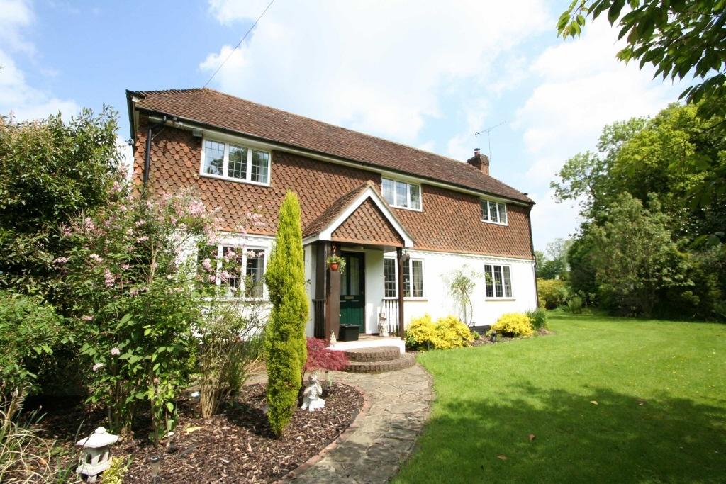 3 Bedroom Detached House For Sale In Smokejack Hill Horsham Road Walliswood Surrey Rh5