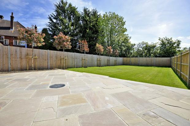 4 bedroom detached house for sale in The Common, Cranleigh ...